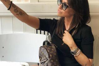 """Итальянский футболист пристыдил красавицу-мать из-за """"утиных"""" селфи в Instagram"""