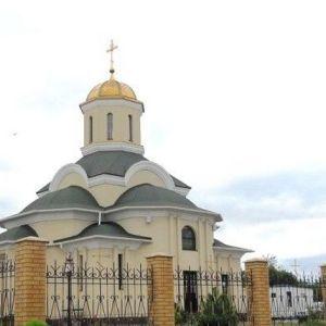 У Запоріжжі троє осіб намагалися підпалити храм Московського патріархату. СБУ розслідує як теракт