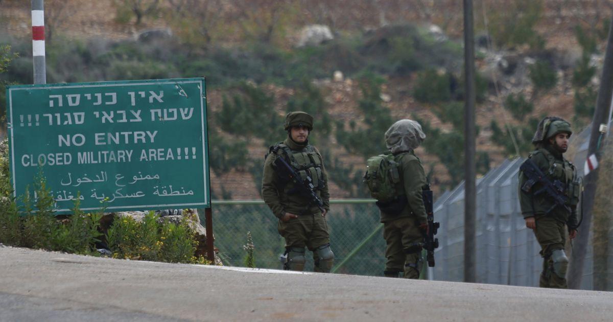Ізраїльські військові застрелили трьох палестинців на кордоні з Газою