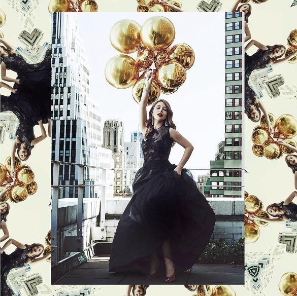 У красивих сукнях та з кульками: Відома франківчанка знялась у новому фотосеті (фото)