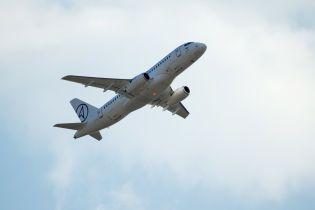 На борту самолета Барбадос-Лондон объявили карантин. Пассажирам вдруг стало плохо