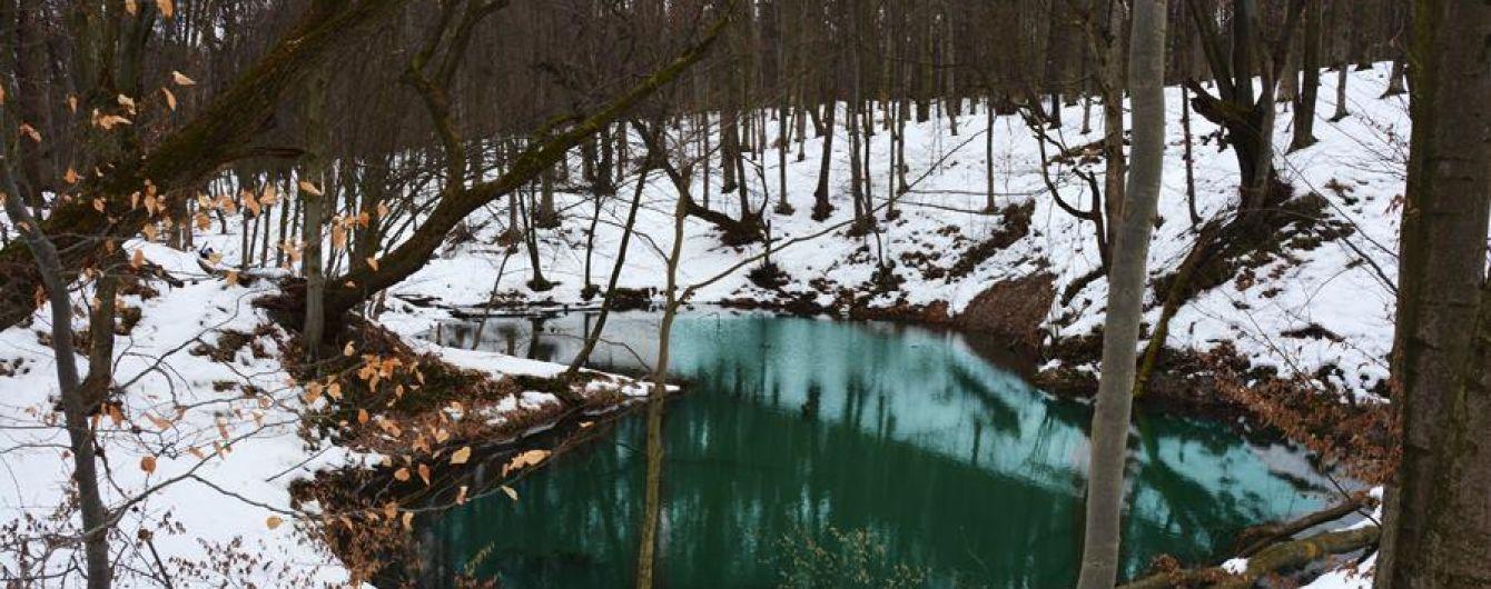 """На Львовщине для туристов откроют уникальные водоемы """"Синие окна"""""""
