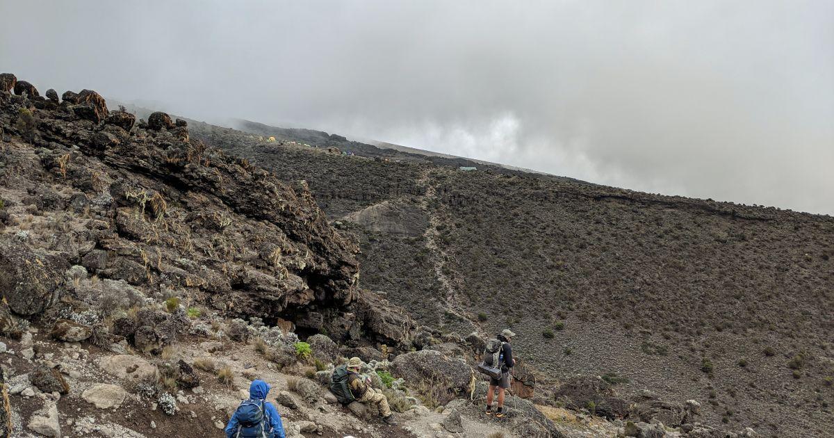 Четвертий день Кіліманджаро: мінус наплічник