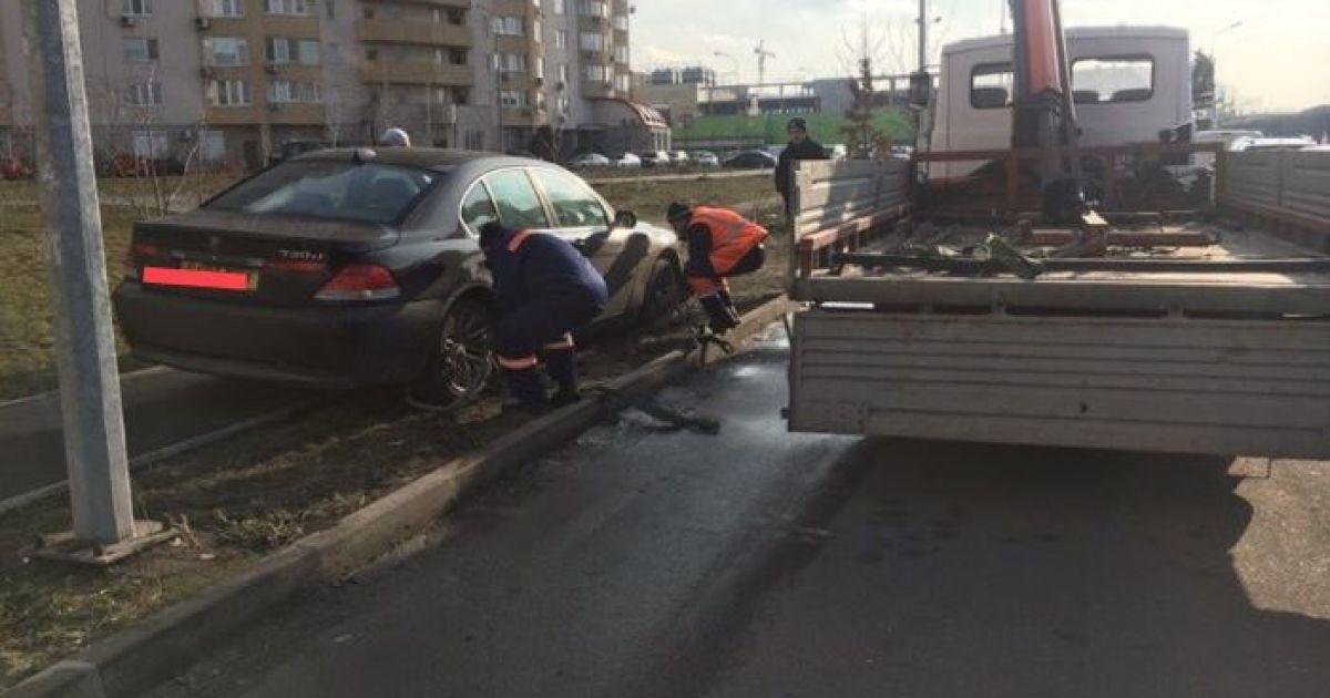 У Києві евакуювали 37 автівок порушників за тиждень