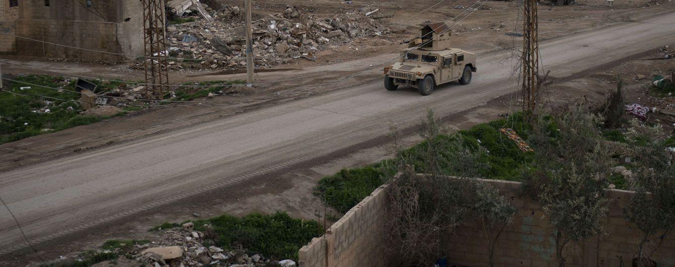 """В Сирії знайшли поховання 3500 людей, вбитих терористами """"ІДІЛ"""""""