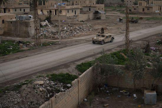 США залишать у Сирії тисячу військовослужбовців – The Wall Street Journal
