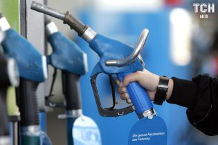 Цены на топливо изменились. Сколько стоит заправить авто на АЗС 19 марта