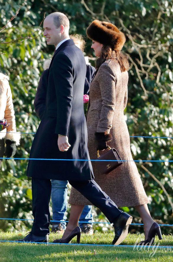 Герцогиня Кембриджская с сумкой Chanel_2