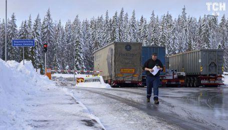 У Євросоюзі ухвалили жорсткий курс скорочення викидів від вантажівок