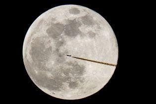 Ученые предлагают создать на Луне банк спермы в случае гибели Земли