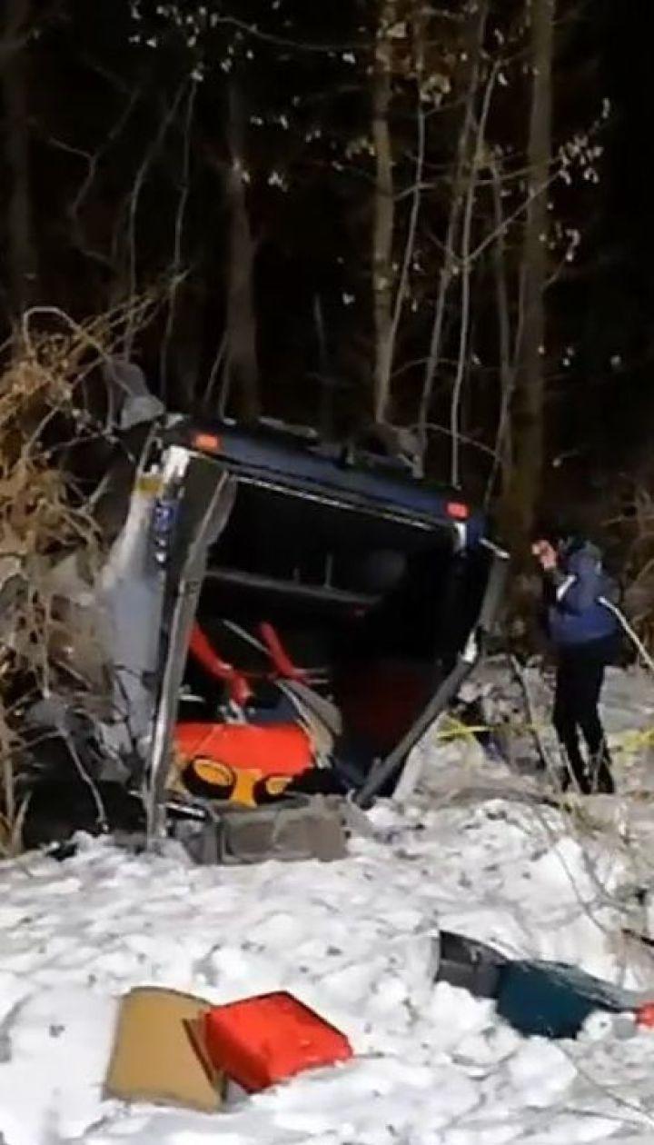На Полтавщині перекинувся мікроавтобус з пасажирами: п'ятеро людей загинули
