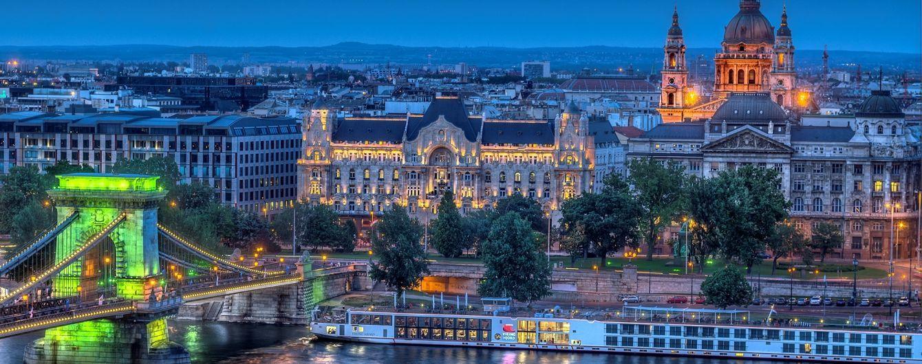В Мережі з'явилося відео смертельної аварії туристичного катера в Будапешті