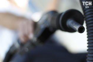 Ряд украинских АЗС подняли цены на бензин и дизельное топливо