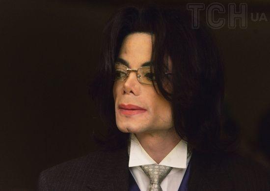 """У Мережі з'явився трейлер скандальної стрічки про """"гея-педофіла"""" Майкла Джексона"""