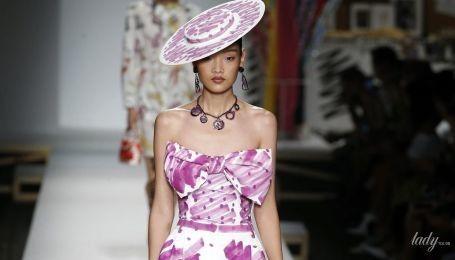 Банты на шее и на талии: тенденции моды сезона весна-лето 2019