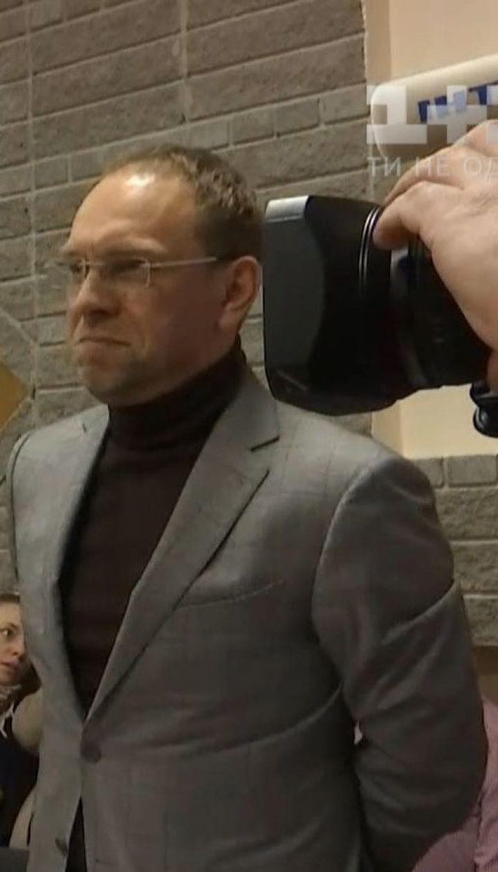 Юлия Тимошенко считает агитацию Петра Порошенко незаконной
