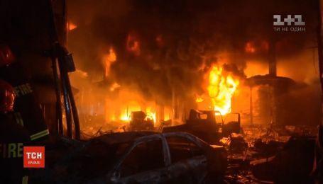 Десятки человек погибли в пожаре в столице Бангладеш