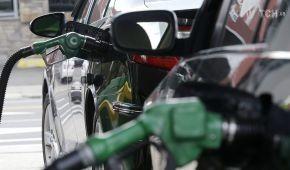Вартість пального в Україні подорожчала: яка наразі його ціна