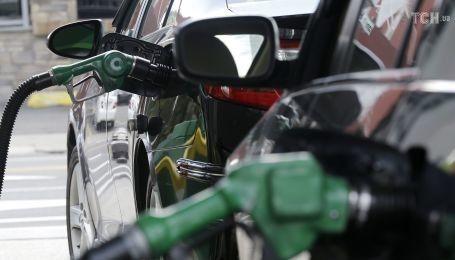 Сколько стоит заправить авто на АЗС 18 августа