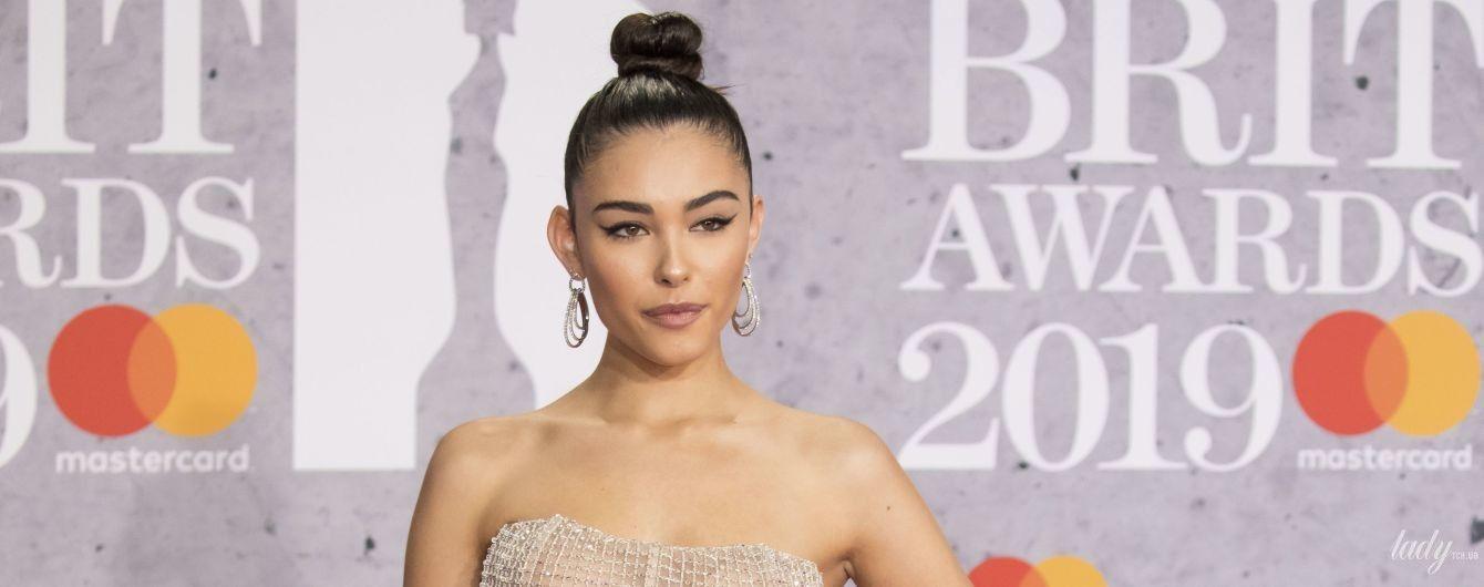 """Самое """"голое"""" платье: певица Мэдисон Бир впечатлила гостей церемонии BRIT Awards-2019 своим образом"""