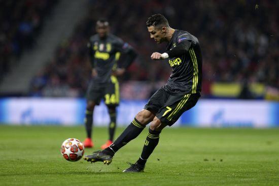 """Італійські ЗМІ """"наїхали"""" на Роналду: весь матч сварився з фанатами та був не таким ефективним"""