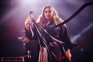 Солістка гурту KAZKA показала, як вміє співати наживо
