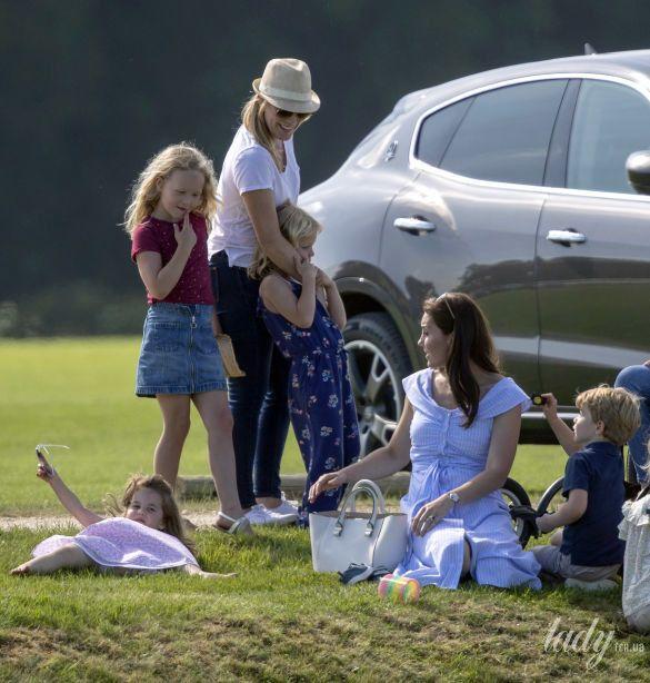 Герцогиня Кембриджская с детьми