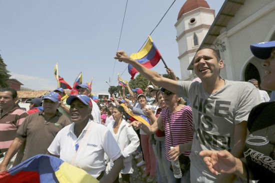 """У нас пересохло горло"": слідом за блекаутом Венесуела залишилась без питної води"
