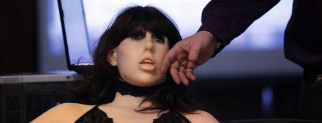 Порнобудущее уже здесь. Секс-роботы становятся горячим трендом взрослого кино