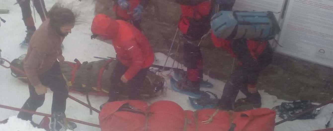 Смертельний похід. У Карпатах група туристів залишиться ночувати на горі через несприятливу погоду