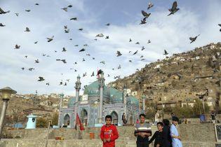 В Афганістані під час виборів втратили зв'язок із майже 900 дільницями