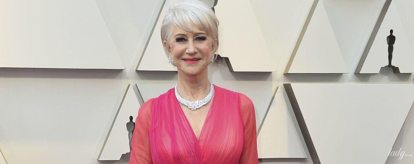 Порхает, как бабочка: 73-летняя Хелен Миррен в нежном образе вышла на красную дорожку