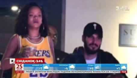 Рианна посетила баскетбольный матч вместе с бывшим бойфрендом