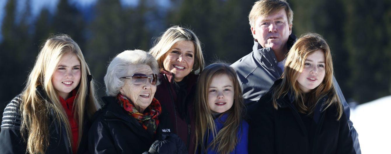 Всі на лижах: королівська сім'я Нідерландів відпочиває на австрійському курорті