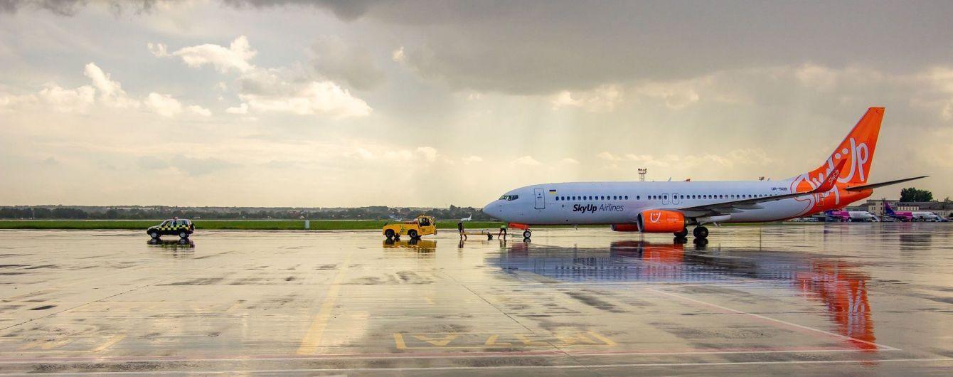 """В аэропорту """"Киев"""" ввели саморегистрацию пассажиров"""