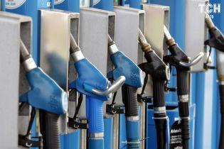 Цены на топливо в октябре. Чего ожидать украинцам