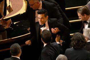 """От Барбры Стрейзанд до Рами Малека: звезды, которые падали на премии """"Оскар"""""""