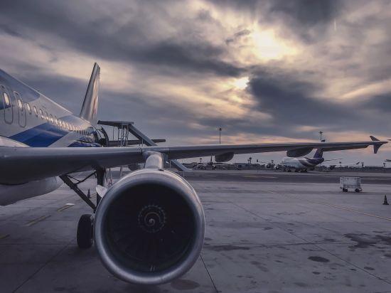 У Швеції під час польоту спалахнув двигун пасажирського літака