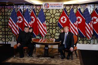 Трамп и Ким Чен Ын досрочно покинули место проведения саммита. Они ни о чем не договорились