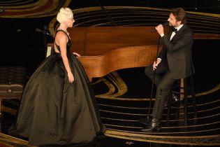 Леди Гага прокомментировала слухи о романе с Купером