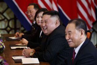Российские СМИ назвали дату и место встречи Путина и Ким Чен Ына