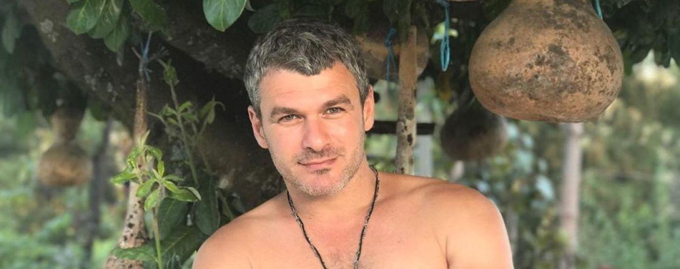 Арсен Мирзоян показал архивное фото, где ему 15 лет