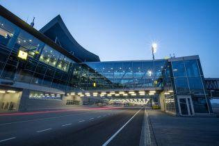 В Україні евакуйовують три аеропорти та два залізничні вокзали