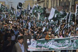 Пакистан погодився відпустити полоненого індійського пілота