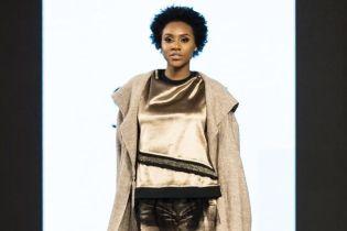 Стильні костюми і плісовані спідниці: український бренд представив весняну колекцію у Нью-Йорку