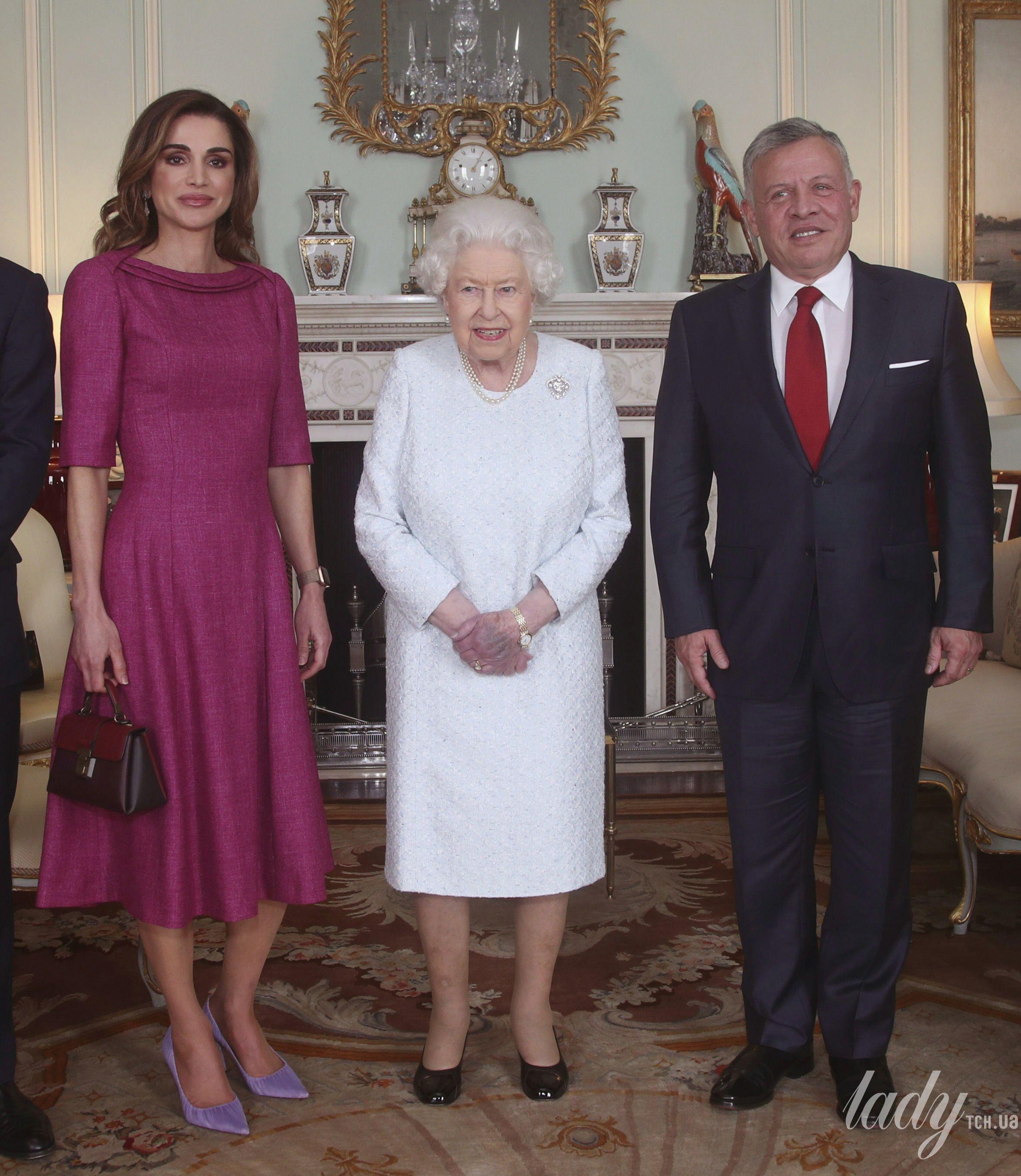 Королева Елизавета II и королева Рания_4