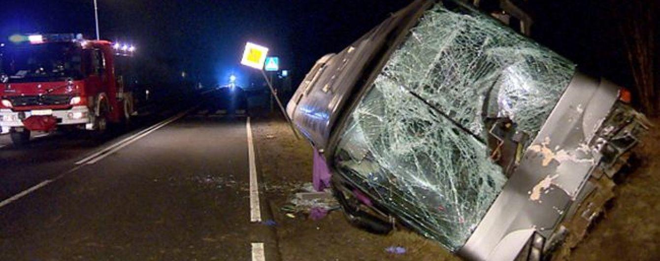 У Польщі автобус з українцями потрапив у смертельну ДТП