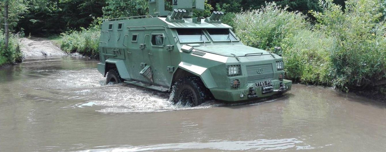 """Украинский броневик """"Барс-8"""" прошел сверхсложные двухлетние тесты"""