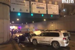 У Москві Lexus влетів у патрульне авто і вбив лейтенанта
