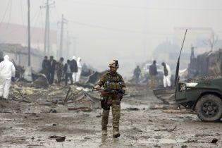 23 военных погибли в результате атаки талибов на американо-афганскую базу